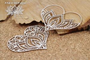 http://www.scrapiniec.pl/pl/p/Mehendi-Lotus-hearts-Serca-z-lotosem/4278
