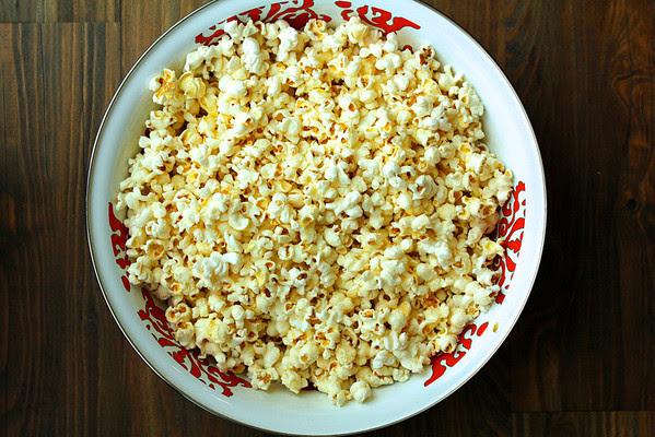 How to Make Popcorn in a Pot: Karen's Kitchen Stories