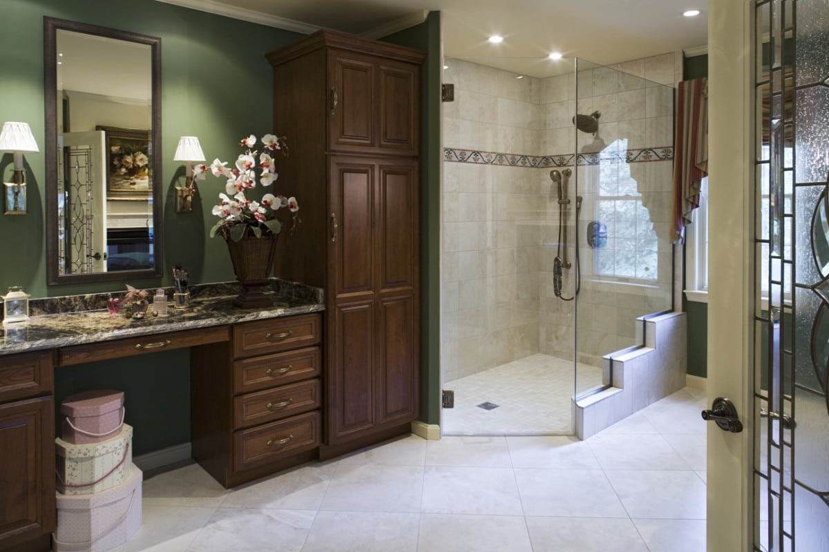 Aging in Place Universal Design Home Improvements for Seniors - 6 Tips To Design A Bathroom For Elderly InspirationSeek.com