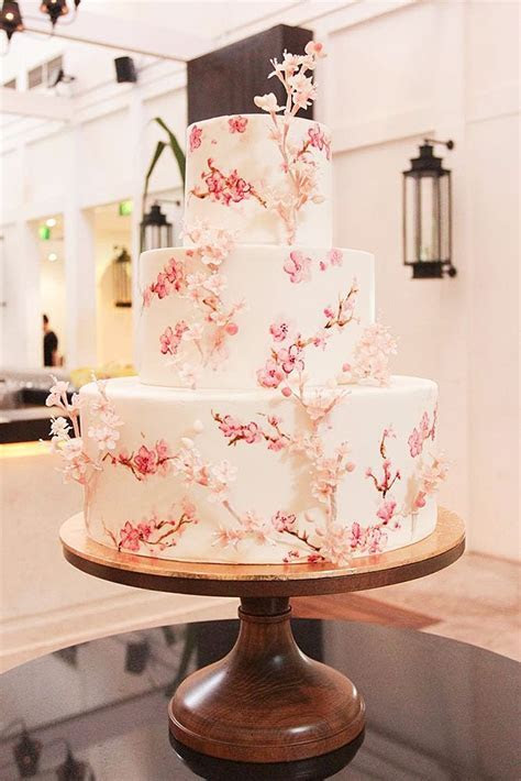 17 Best ideas about Wedding Cakes on Pinterest   Weddings