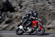 2012 Ducati Monster 1100 Evo