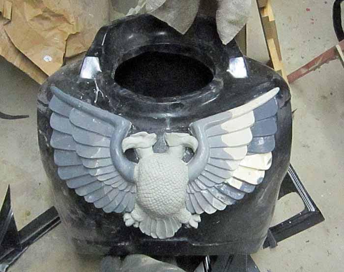 SM Aquila Chest Sculpt