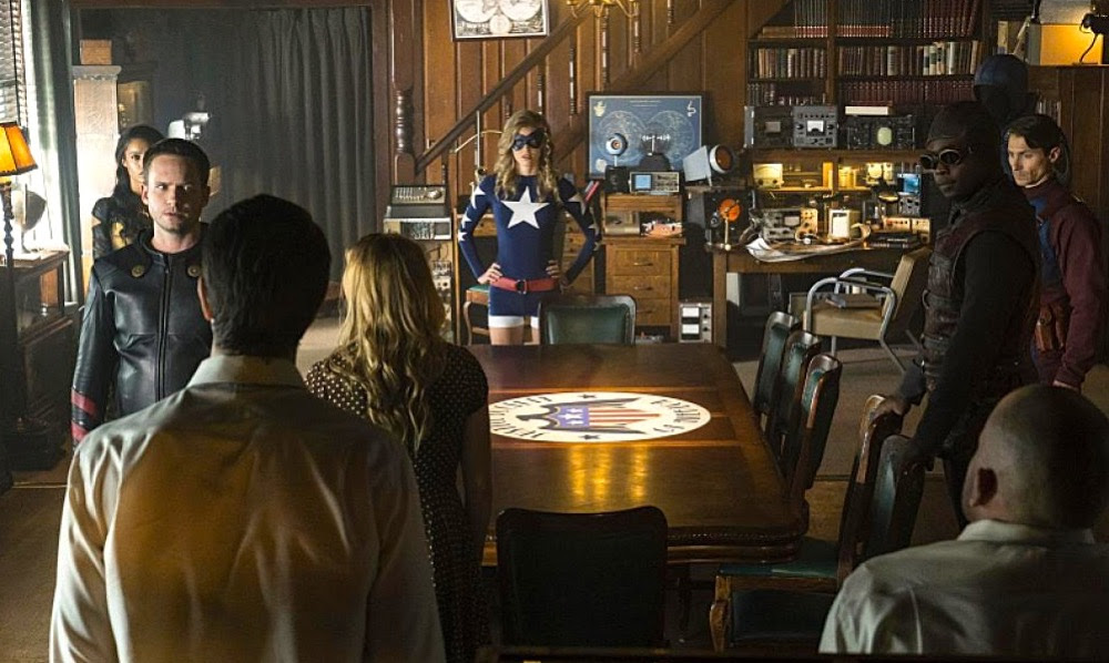 Sci Fi Nerd Dc S Legends Of Tomorrow A Review Of Episode 2 Season 2 The Justice Society Of America Sci Fi Movie Page
