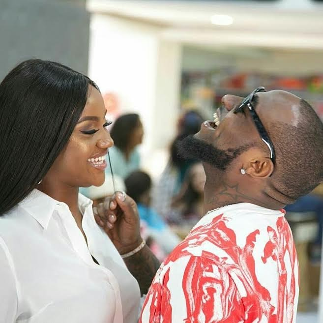 Davido Shares New Photo Of Chioma, His Chef Girlfriend