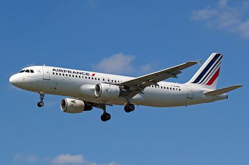 AIR FRANCE AIRBUS A320-211 F-GJVW