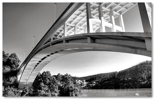 Ponte de Foz do Sousa by VRfoto