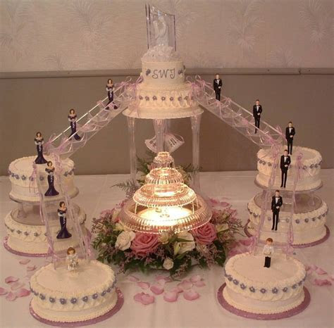 Popular White Wedding Cake Designs   Wedding Cakes Photo
