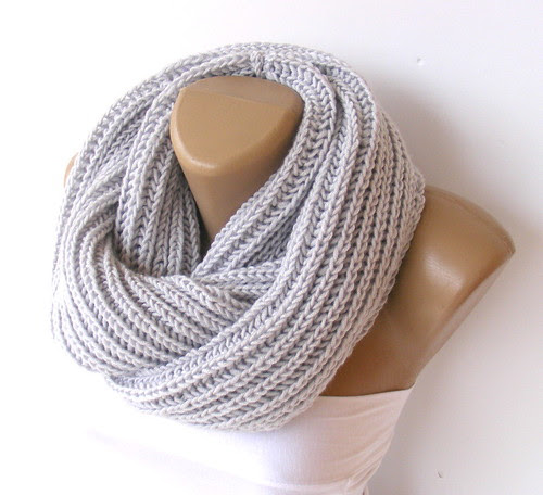 Hand made knitted infinity scarf Block Infinity Scarf.infinity Scarf. Block Infinity Scarf. Loop Scarf, Circle Scarf, Neck Warmer. by seno_ada