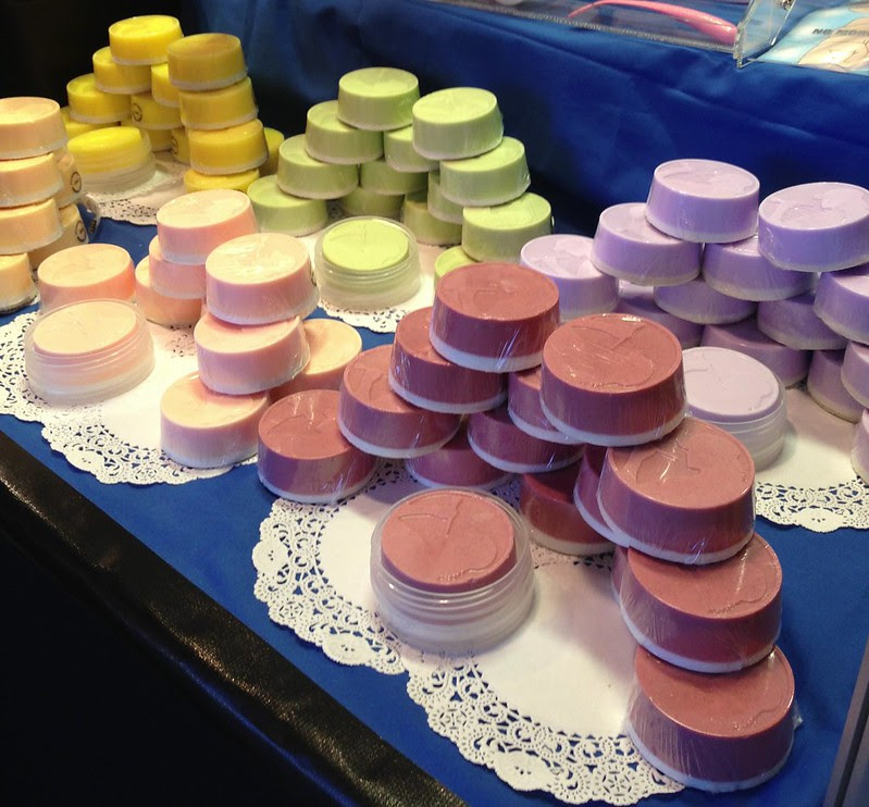 Enkore Makeup Pro Brush Soap
