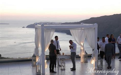Tips for guests   Santorini Island   Weddings   places to