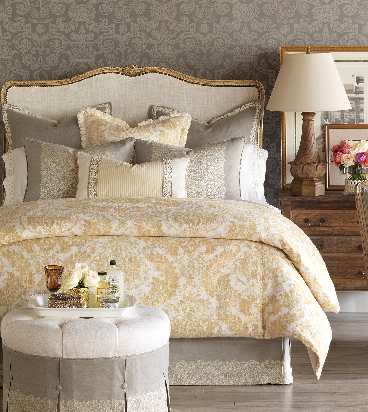Luxury Bedding by Eastern Accents - Sabelle Collection