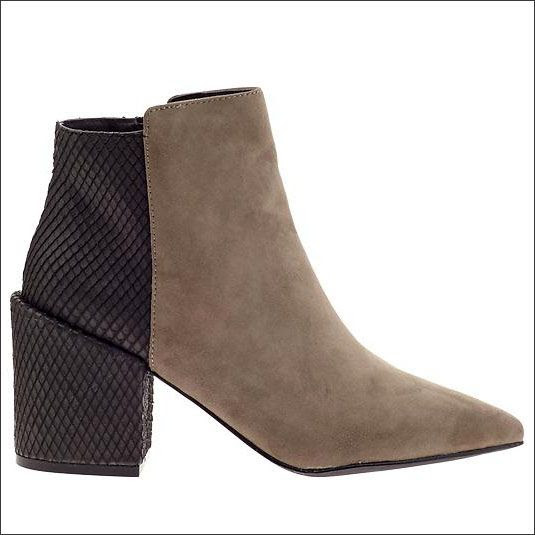 LE FASHION BLOG SHOE CRUSH PYTHON AND SUEDE CONTRAST BOOTS ALDO PASSMONTE COLORBLOCK BLACK SNAKE EMBOSSED BLOCK HEEL TAN SUEDE ANKLE BOOTIE 1 photo LEFASHIONBLOGSHOECRUSHPYTHONANDSUEDECONTRASTBOOTS1.jpg