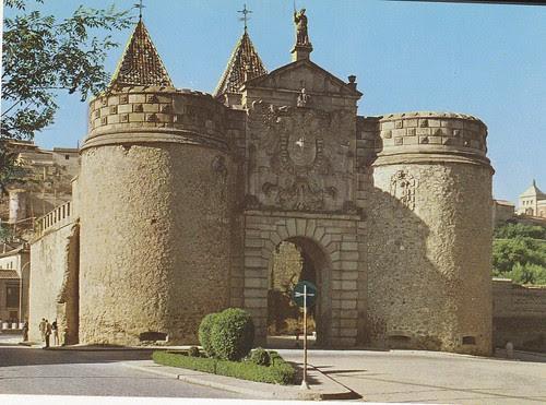 Puerta de Bisagra (Toledo) en los años 60