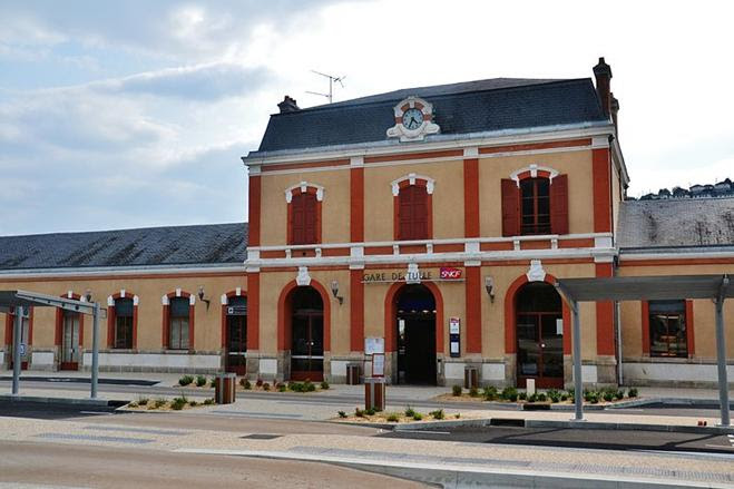 Arquivo: Gare de Tulle.JPG