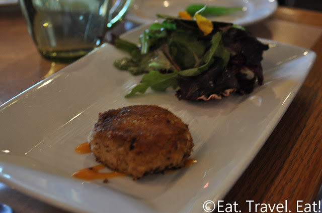 Sesame Grill: Crabcake/Salad Appetizer (Special Christmas Menu)