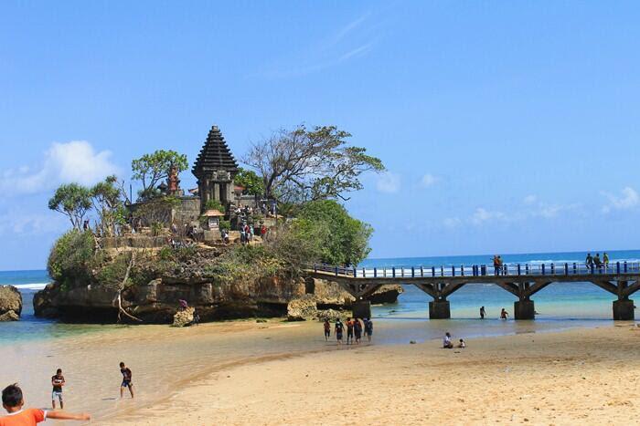 tempat wisata pantai di jogja yang wajib dikunjungi