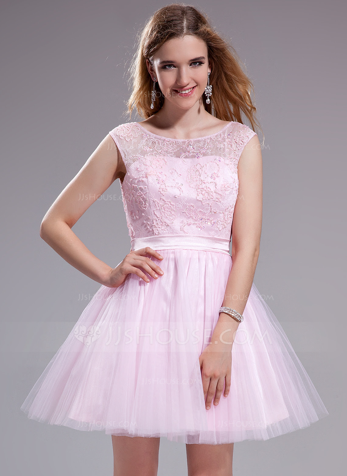 A-Line/Princess Scoop Neck Short/Mini Tulle Charmeuse Lace Prom Dress With Ruffle Beading Sequins Bow(s) (018025270) - JJsHouse