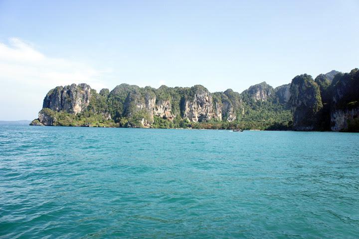 typicalben phi phi island 22