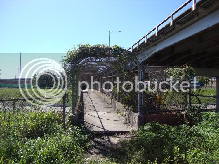 pedestrian bridge under elysian viaduct