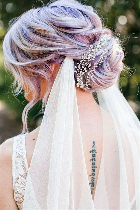 Best 25  Veil wedding hair ideas on Pinterest   Bridal