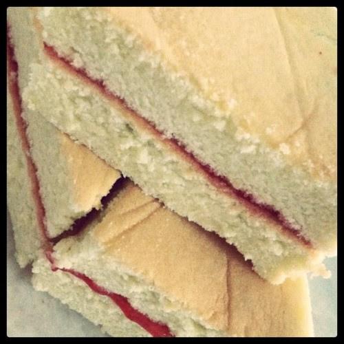 Strawberry sandwich cake (Taken with instagram)