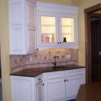 South Kitchen Craft Showroom - Traditional - Kitchen ...