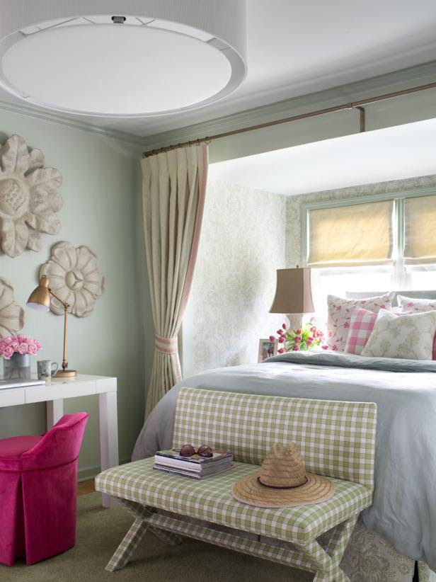 52 Small Bedroom Decorating Ideas That Have Major Impressions