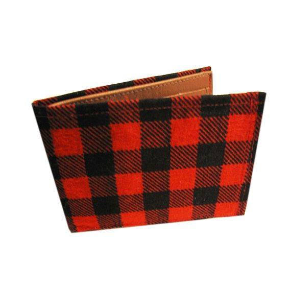 Valentine Gift Ideas For Your BF: Quiet Doing Flannel Wallet