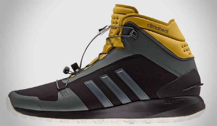 flotador Residente ideología  Hi-tech News: New modern trekking sneakers Adidas Outdoor ...