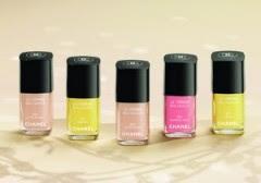 Smalti, smalto i colori più trendy del  2011,unghie,mani curate,smalto unghie 2011,
