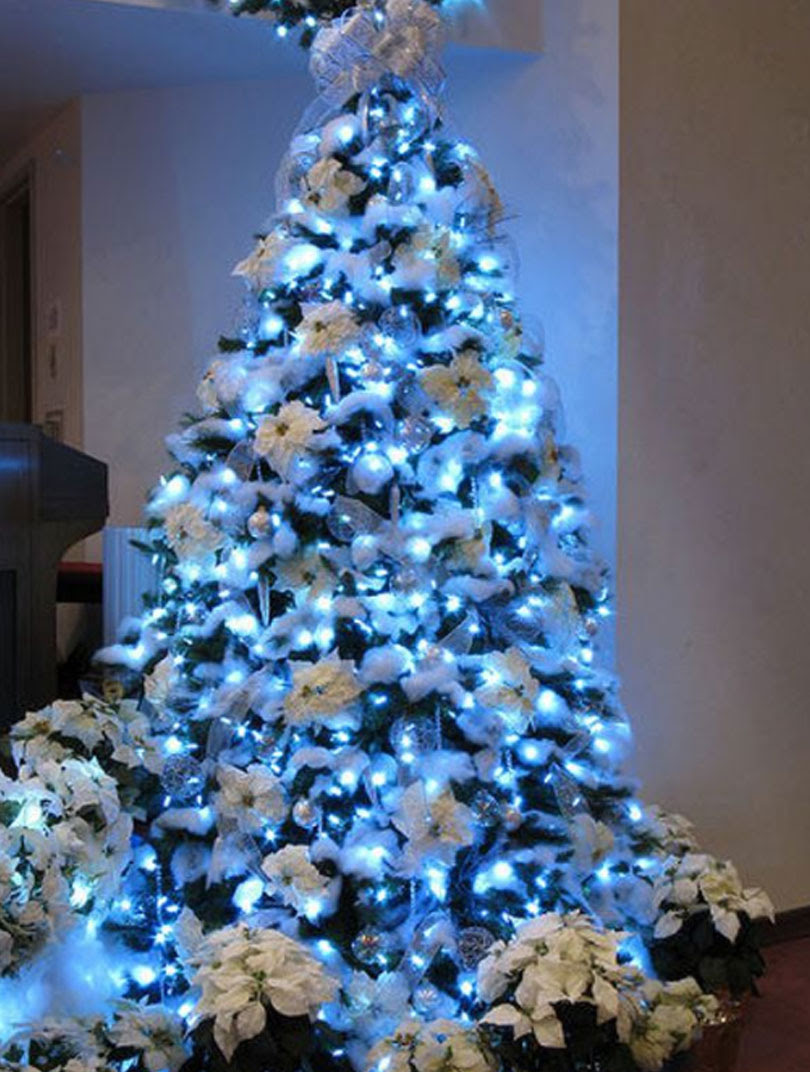 25 White And Silver Christmas Tree Decorations Ideas Feed Inspiration