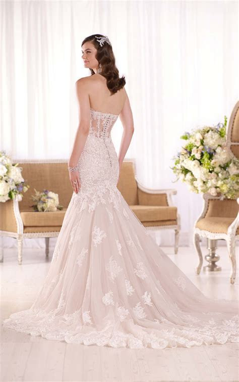 Fit and Flare Strapless Wedding Dress I Essense of Australia