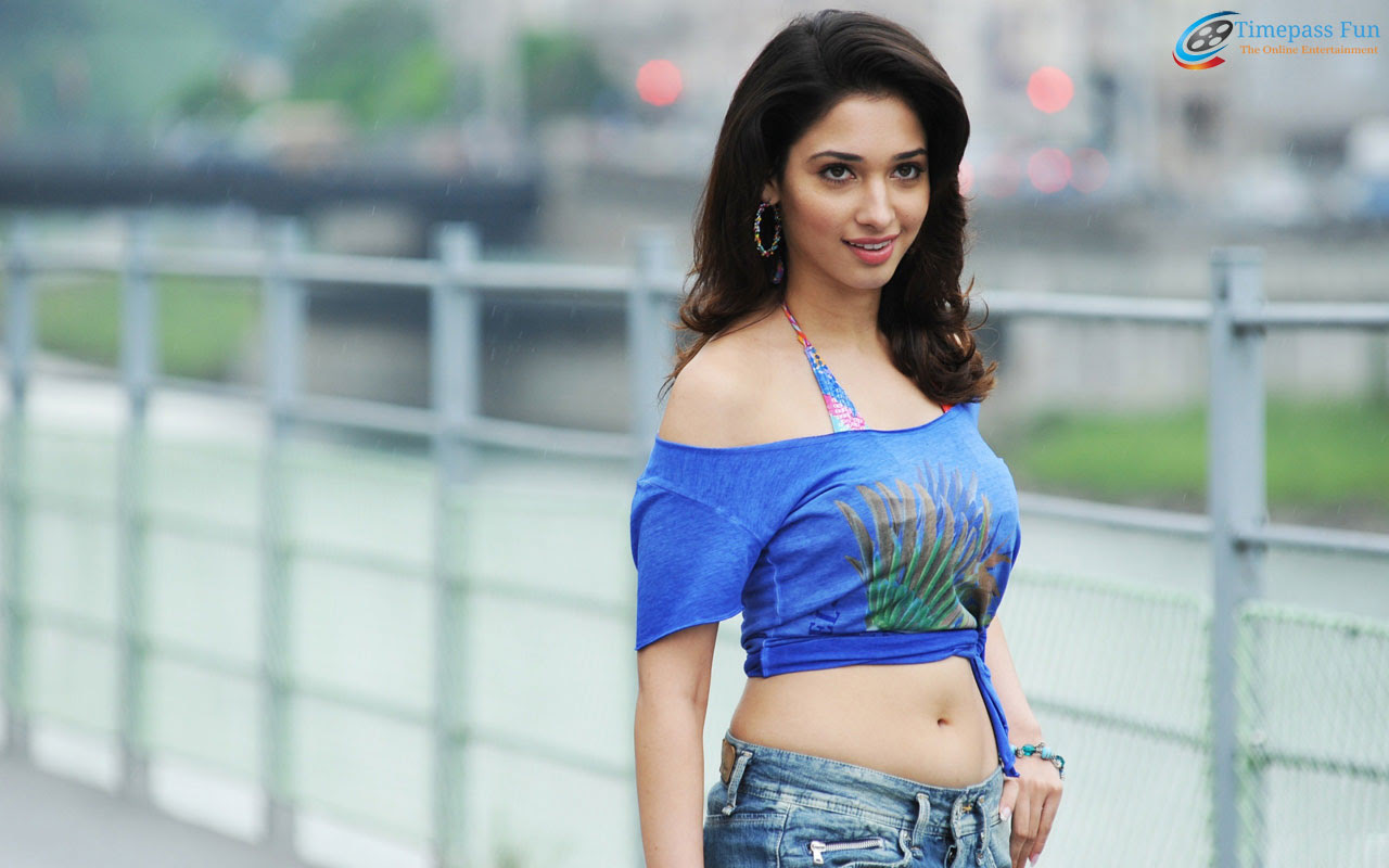 tamanna-bhatia-wallpaper-hot-sexy