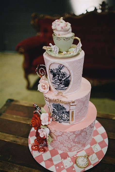 Mad Hatter?s Tea Party Wedding · Rock n Roll Bride