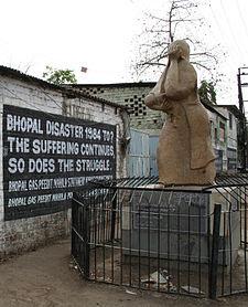 Bhopal-Union Carbide 1 crop memorial.jpg