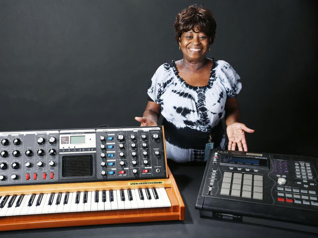 J Dilla's equipment donated to the Smithsonian
