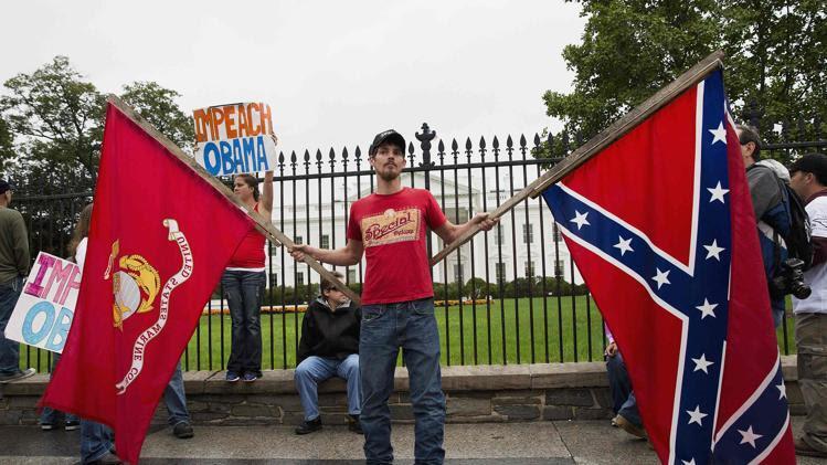 tea-party-confederate-flag-rally