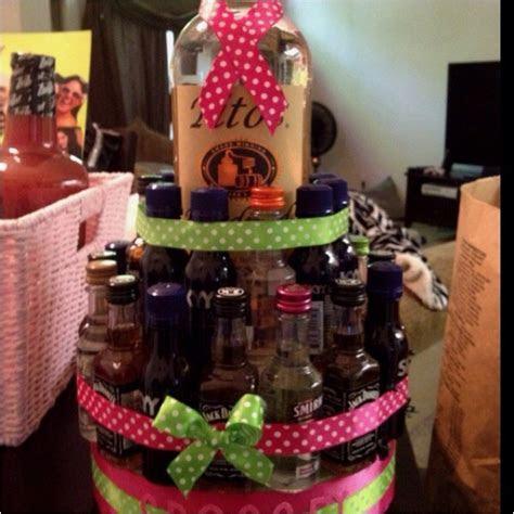 liquor cake my friend made me :)   DIY, and Smart Ideas