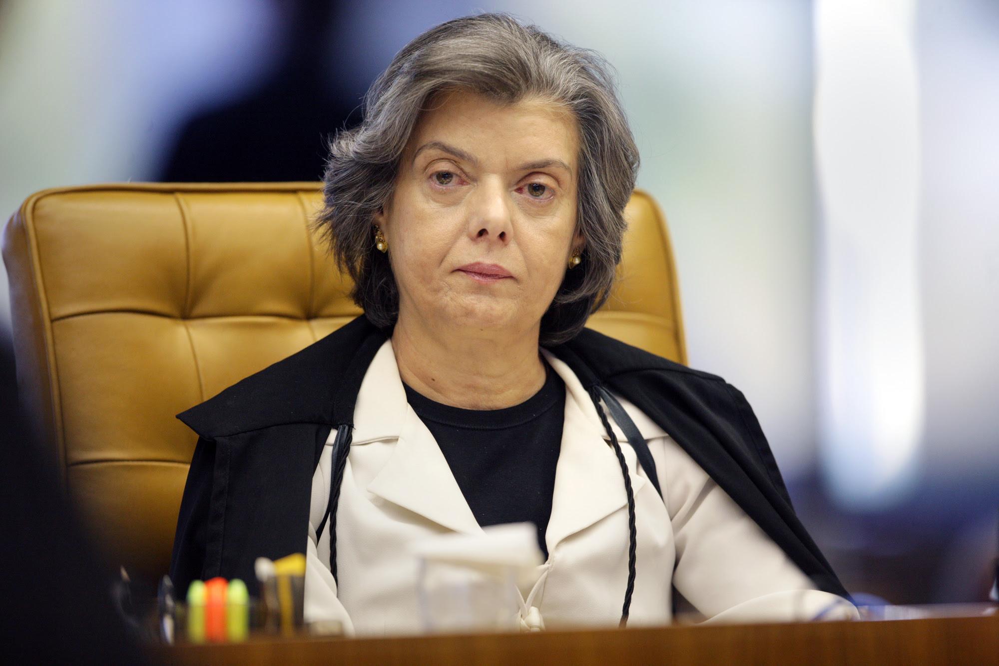 Carmen Lúcia 2