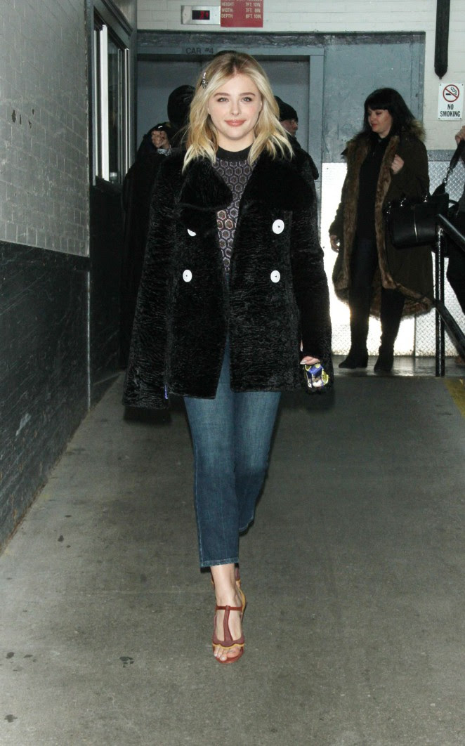 Chloe Moretz Leggy in Short Dress -28