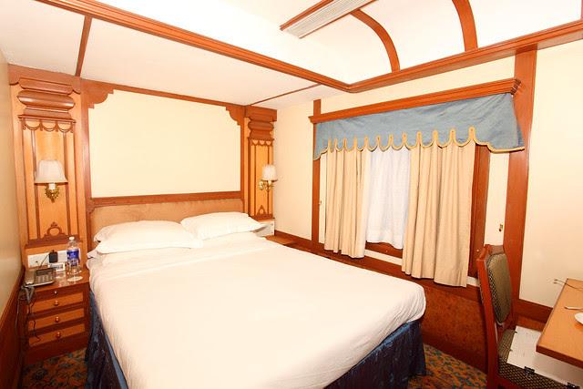 Luxury Train Images