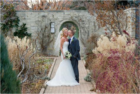 Sarah & Jeff {Winter Californios Wedding   Kansas City  </div><div class=