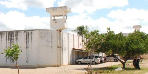Caicó: Presos atearam fogo em colchões no Pereirão