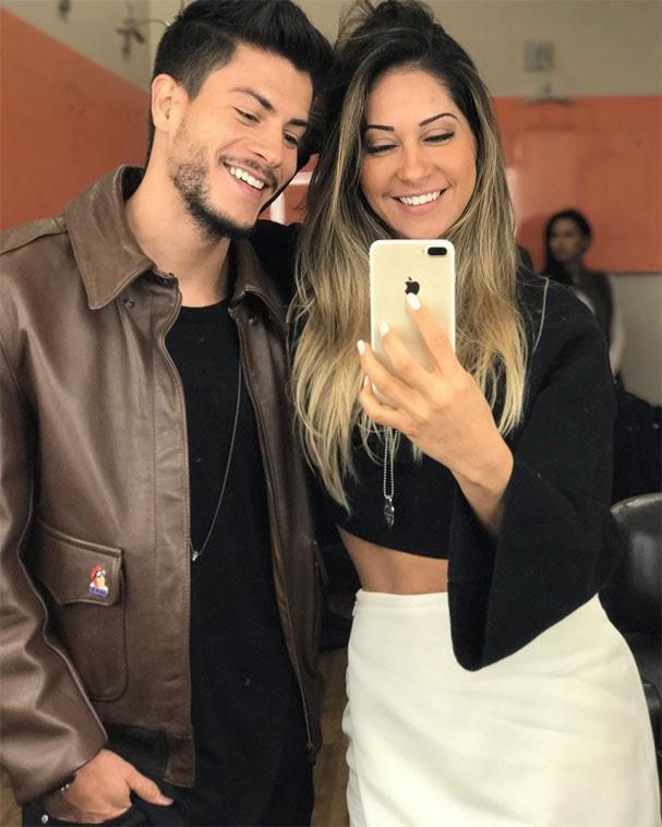 Mayra Cardi e Arthur Aguiar (Foto: Reprodução/Instagram)