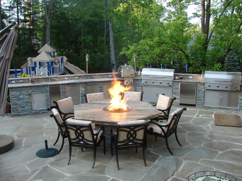 cool hibachi grill for home patio with out door dining space and bbq grill at the center of table