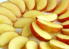 200 Calories of Apples