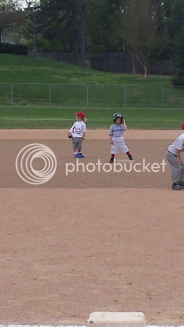 photo baseball1_zpsbajhggnl.jpg