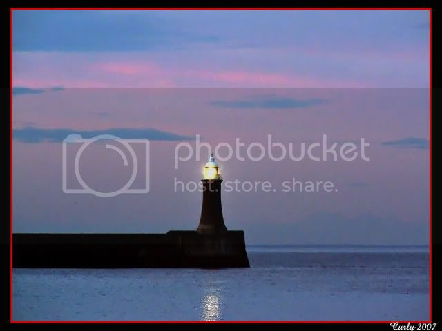 picture of the North Pier, Tynemouth