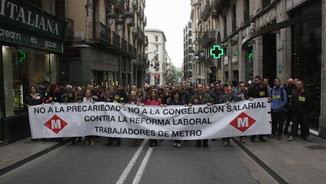 Treballadors del metro durant la manifestació convocada pel comitè d'empresa (ACN)