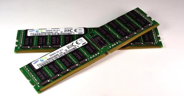Samsung inicia produção em massa de memórias DDR4